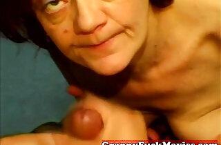 Amateur slut does POV