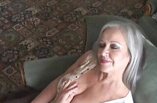Sensual granny april in top sensual babe videos