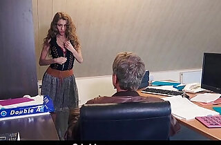 Sexy secretary blackmails her old boss for dirty fuck facial