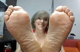 Mature perfect soles dildo stimulating excitant