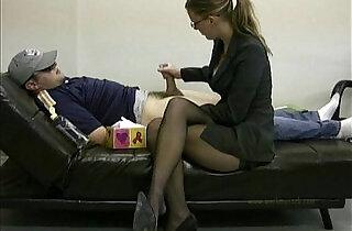 Lady masturbates her lazy employee to ignite him to work