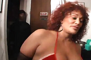 MILF,BIG TITS,BIG BOOTY,BIG CLIT,ANAL gina big ass booty girl