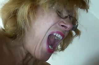 Fat granny and fat mature masturbating pussy together